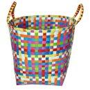 Wäschetasche aus geflochtenen Kunststoffbändern...